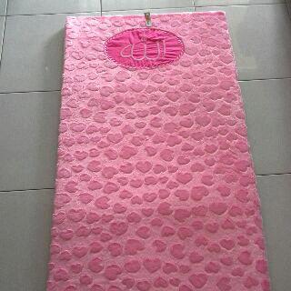 Sajadah pink Love